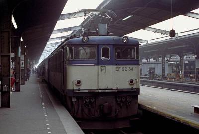 198208ueno018